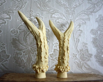 5 PAIRS DEER HORNS Antlers Deer Resin flat bottom Taxidermy Animal Steampunk Gothic Goth Ivory 1 Pair for making Horned headpiece 10 horns