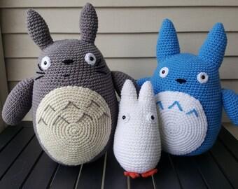 Grey, Blue or White My Neighbor Totoro Plush (amigurumi)