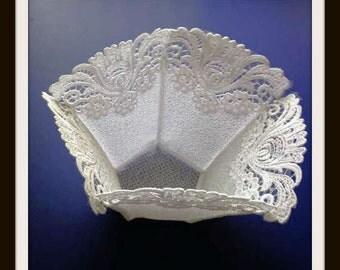 Lace Bowl, Freestanding lace bowl, potpourri, centerpiece, home decor, fabric bowl, jewelry holder, decorative bowl
