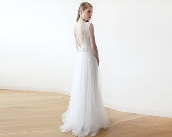 Ivory backless maxi tulle wedding gown, Sleeveless Low back wedding tulle dress 1086