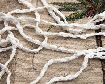 """5 Yards of Vintage 5/16"""" Pretty Lace Trim. Off White Chenille with Satin Tone Piping Through the Center. Bridal, Crafts. Item 3821T"""