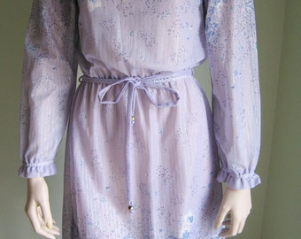 Romantic VINTAGE 1970s sheer FLORAL dress in lilac, purple and blue