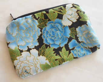 Coin Purse Japanese Cotton - Kimono Fabric - Zipper Coin Purse Pouch - Change Purse Makeup Bag - Blue Roses