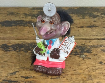 1972 Berries Troll Nodder Bobble Head / Get Well Soon