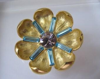 TRIFARI Designer Gold Tone Flower Rhinestone Brooch Pin/Elegant Golden Stylish Brooch/Mother of the BRIDE/ Trifari TM Signed Costume Jewelry