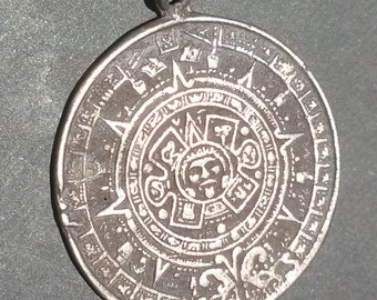 925 Sterling Silver AZTEC Calendar 2012 Medallion Coin Pendant Necklace charm classic Vintage Jewelry gift