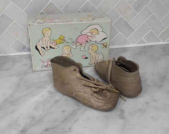 Ten Little Toes Vintage baby shoes