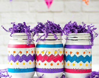 Easter Mason Jars - Painted Distressed Mason Jars for Easter - Easter Egg Mason Jars