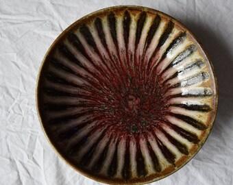 "Harding Black 1959 8 1/2"" Sunburst Bowl"