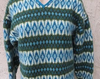 Vintage 1960s Swedish Scandinavian ethnic green/blue geometric wool pullover sweater size 14