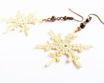 SNOWFLAKE EARRINGS Crochet Jewelry, Ecru and White, Winter