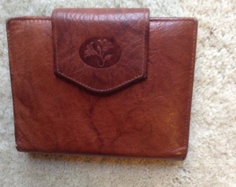 Vintage Ladies Buxton Wallet  /  Brown Leather Wallet for Her  /  Buxton Cowhide Wallet  /   free Shipping USA  /  Cheapvintagefashion