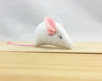 Baby white mouse cat toy, small mouse kitten toy, sleepy baby mouse, white baby mouse, organic catnip mouse