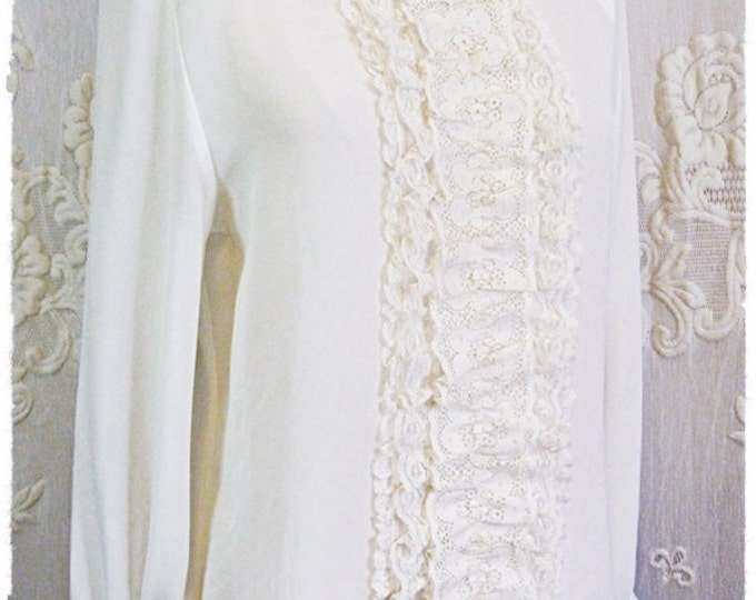Cream-coloured CHIFFON BLOUSE with LACE ruffle