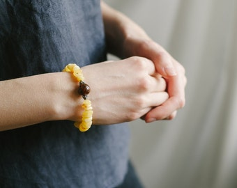 Yellow amber bracelet / Amber pendant with gemstone