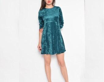 Vintage 90's Green Velvet Long Sleeve Dress / Velvet Mini Dress - Size Small