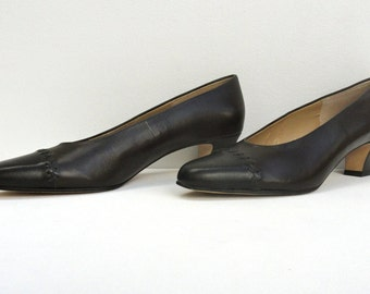 1970 Leather Pumps Selby Excellent, Vintage 1970s Leather Shoes Comfort Flex 7 1/2 Dark Brown Black Toe, Shoes Near Mint Office Work Wear