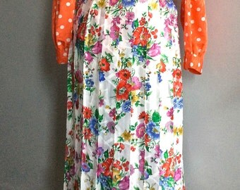 80s pleated floral skirt pleated midi skirt vintage French vintage flower print skirt Flora pattern pleated skirt 70s midi skirt