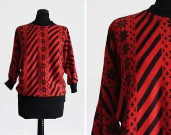 Red Patterned 1980s Vintage Batwing Jumper