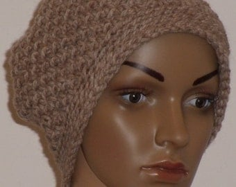 Crochet hat in light brown