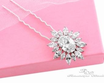 Bridal hair pin, Swarovski crystal hair pin, Wedding hair accessories, Rhinestone hair pin, Wedding hair pin, Bridal hair clip B4112
