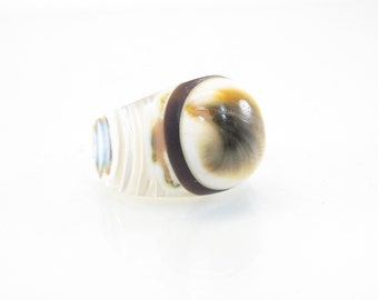 Vintage Operculum Ring, Carved, Mother of Pearl, Size 5