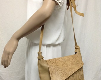 Tan Leather Purse,tooled leather,purse,bag, Shoulder Bag ,Soft leather
