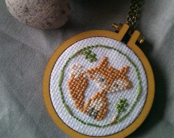 Mini Hoop necklace/brooch - Foxy Loxy