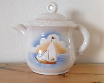Teapot with a Marine Beach Scene