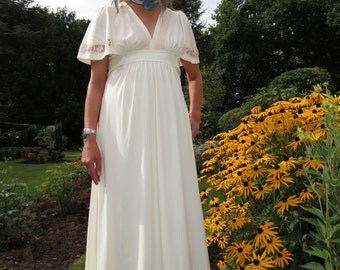 Vintage 1970s Figure Flattering Cream Maxi Dress with Short Cape Sleeves, Lace Trim, Empire Waist, Stretch Fabric