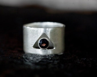 Wide band geometrical silver ring with Smoky Quartz, minimal silver ring, Triangle Geometrical ring,