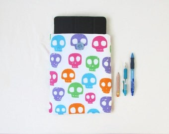 Skull print IPad case, 10 inch tablet case, fabric tablet sleeve, bright colour skull fabric, IPad cover, gift for teen, handmade in the UK
