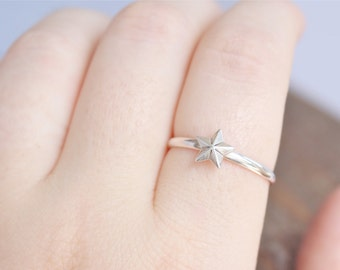 Sterling Silver Star Ring.  Simple star ring, everyday wear ring.  Star Jewelry.