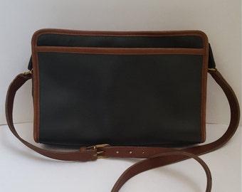 "Rare Vintage ""Swagger Spectator"" Coach Leather Cross Body Shoulder Handbag #0550-932"