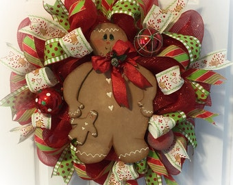 Gingerbread Wreath/ Christmas gingerbread wreath/ gingerbread themed christmas decoration