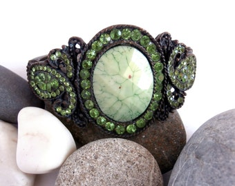 SPECIAL OFFERS: Copper Bracelet - Green Crystal - Hinged Bangle - Vintage Jewellery