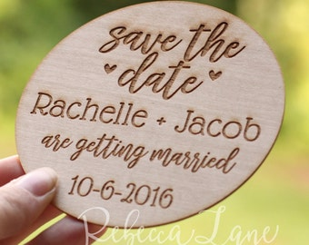 25 Custom Wood Save the Date [Circle Design] Magnets