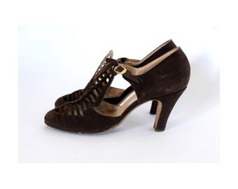 Sale 30% off 20s caged suede heels Cut out pumps brown vintage leather shoes Gold buckles us 8.5/9 UK 6/6.5  EU 39-39.5