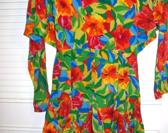 Vintage Gillian Splash of Color, Glamorous Bouncy Ruffled Open Back Dress  Size 6