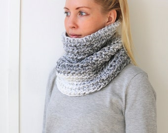 SALE Chunky Knit Cowl | Marble
