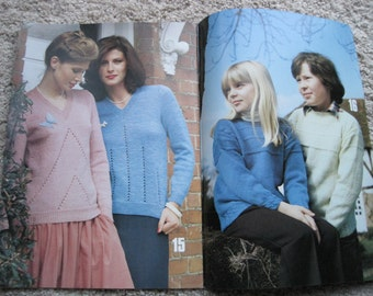 Family Knitting Book - Patons Book #221 - Vintage 1979