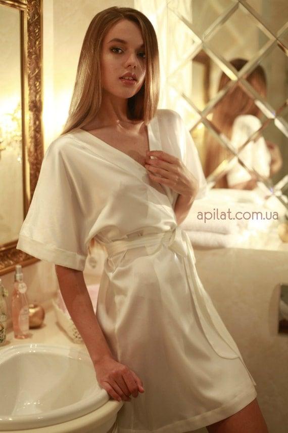 Short Silk Kimono Bridal Robe D1Lingerie Bridal Lingerie