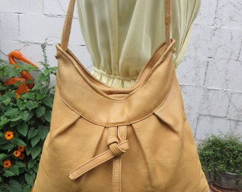 Leather Hobo Bag Slouch Purse Boho Hippie Vintage 1970s Satchel Handbag Tote Lightweight 70s Cherokee of California Banana Tan