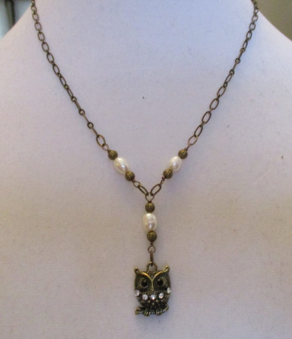Freshwater Pearl and Antique Brass Owl Necklace N6151735