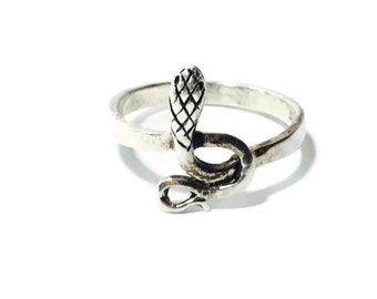 30% Flash Sale Snake Ring Sterling Silver Sz 8.75