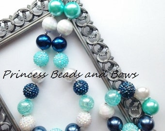 Shades of Navy, Mint, and White Chunky Necklace and Bracelet Set,  Princess Necklace, Navy Blue, Mint & White Girls Chunky Necklace