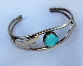 Southwest Sterling Silver Cuff Bracelet With Robin Egg Blue Turquoise Stone And Leaf Design