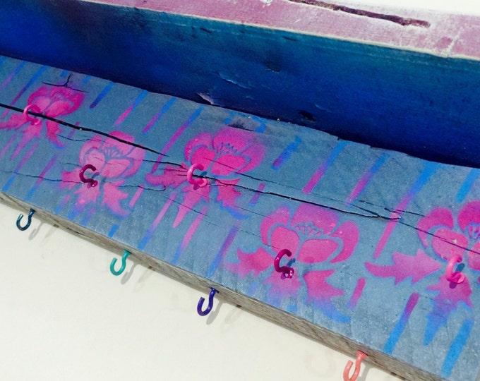 Jewelry Storage Necklace holder hanging wall organizer /reclaimed wood girls bedroom Decor pink Art Deco flowers 15 hooks