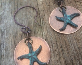Copper patina starfish earrings, metal starfish earrings, copper earrings, gift for her, turquoise starfish earrings, starfish jewelry