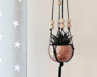 "Ahoj-2012 macrame hanging basket ""Simply Black"", hanging basket, plant tray, plant hanger, tie, weave, 80's trend, copper, vintage"